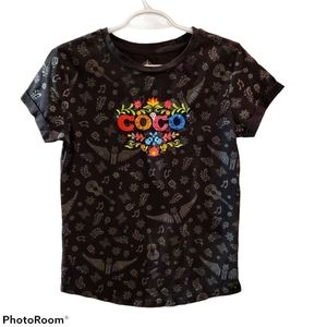 Disney Parks embroidered Coco t-shirt, Med…